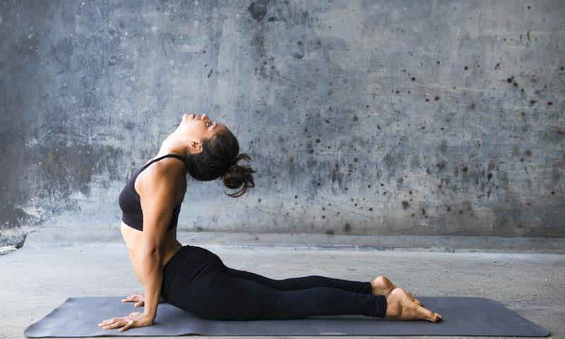 Yoga Übungen am Morgen | Ana Heart Blog