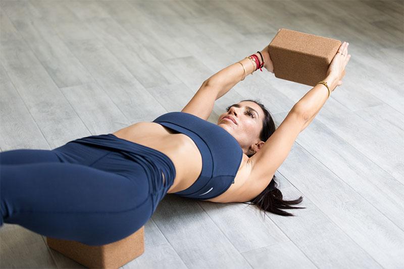 10 Yoga Posen für Beginner & Widerwillige Yoginis