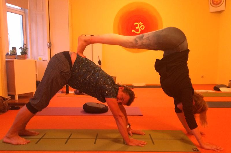 Lebe Yoga