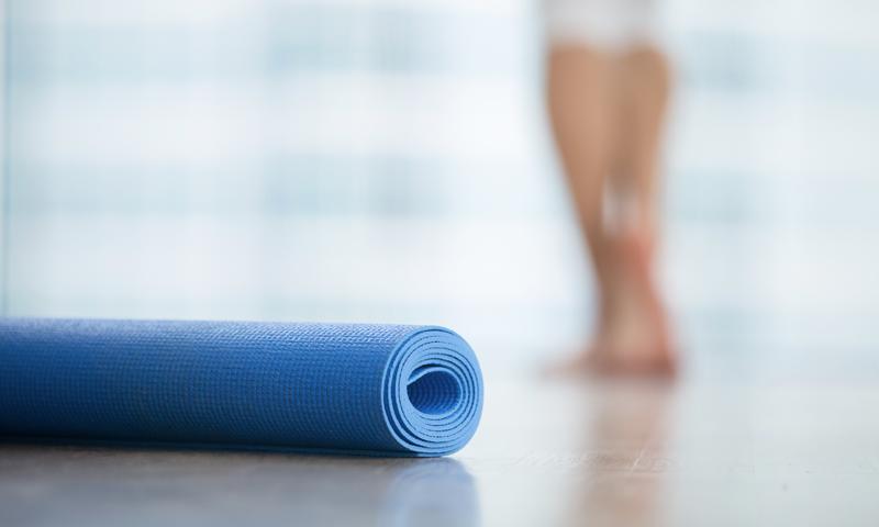Wie wirkt sich die Tageszeit auf Yoga aus?