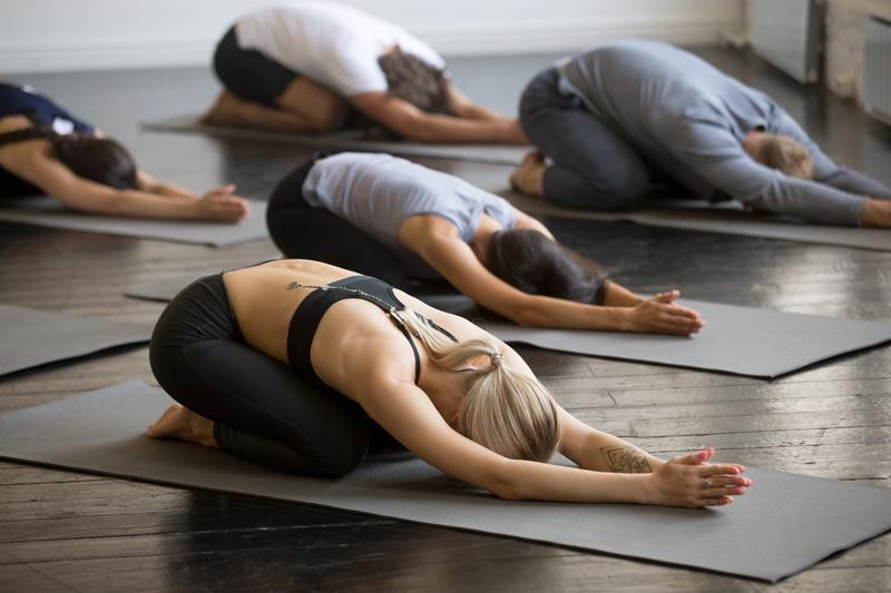 22 Yogaposen für Anfänger